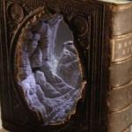 Απίστευτα γλυπτά τοπίων με βιβλία